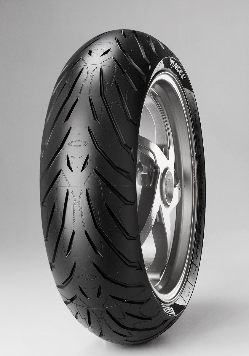 Моторезина задняя Pirelli 1868700 ANGEL ST размер 190/50 R17 для мотоциклов